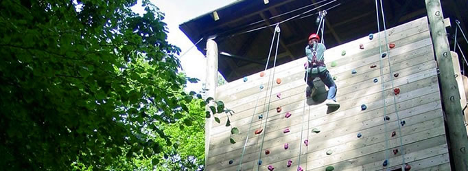 education-abseiling